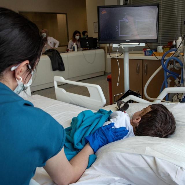 Ilustracija iz istanbulske bolnice, gdje se liječe maleni Covid pacijenti