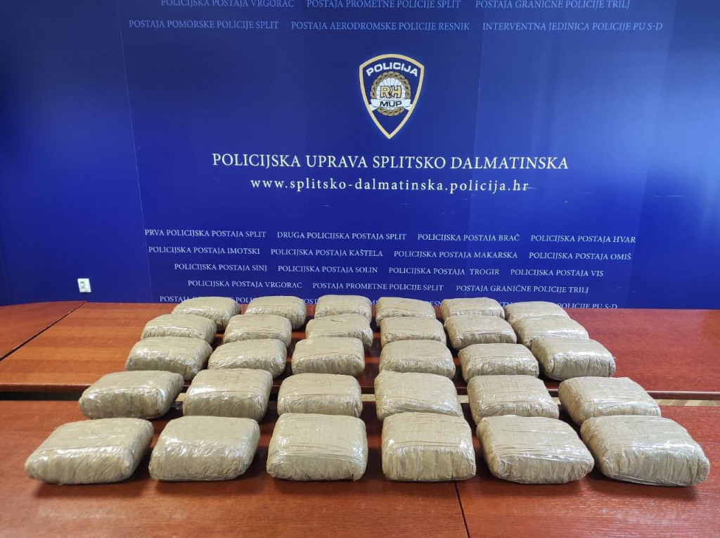 Marihuana je bila raspoređena u pakete od kilograma