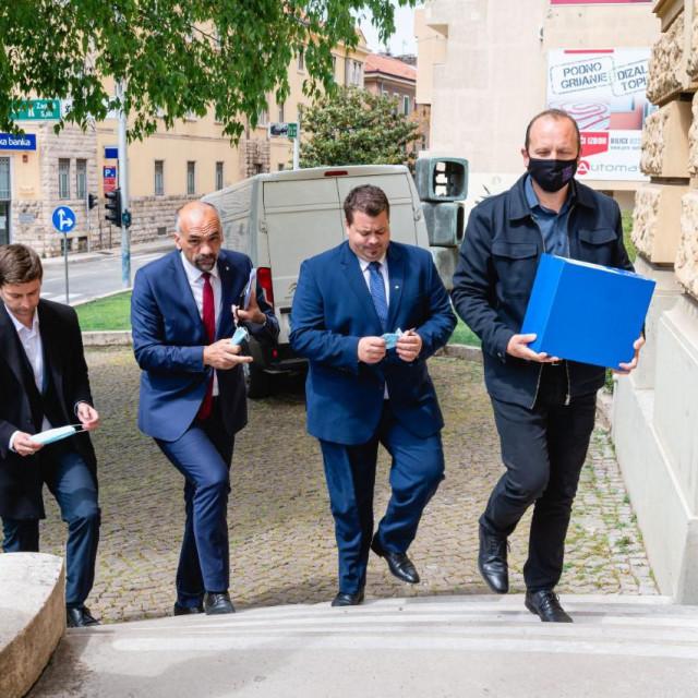 Predaja potpisa za kandidaturu za šibenskog župana