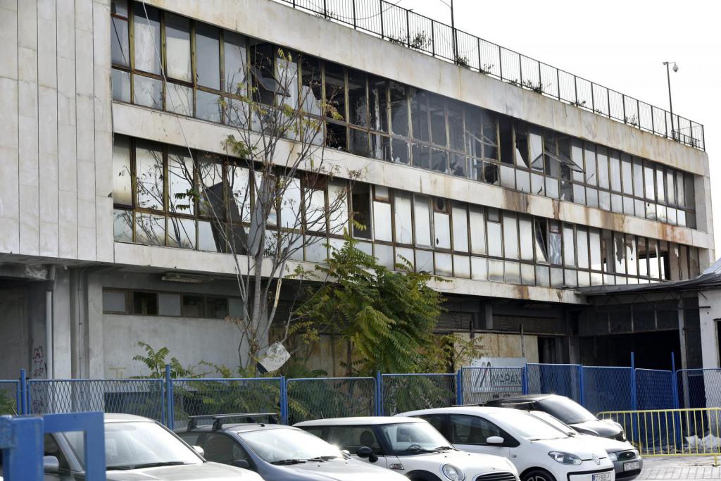 Ruševna zgrada Dalmacijavina u gradskoj luci<br />