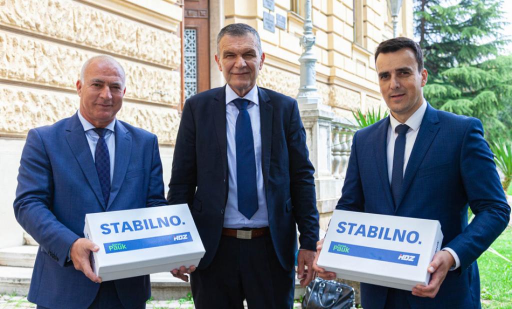 Goran Pauk, Nediljko Dujić i Paško Rakić ispred Županijskog suda