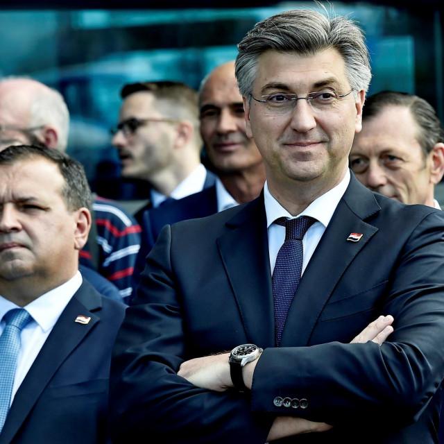 Kad bi Plenkovićev HDZ odustao od svoje ideologije krvi i novčanika, ne bi mu preostalo ništa, sam bi se ukinuo