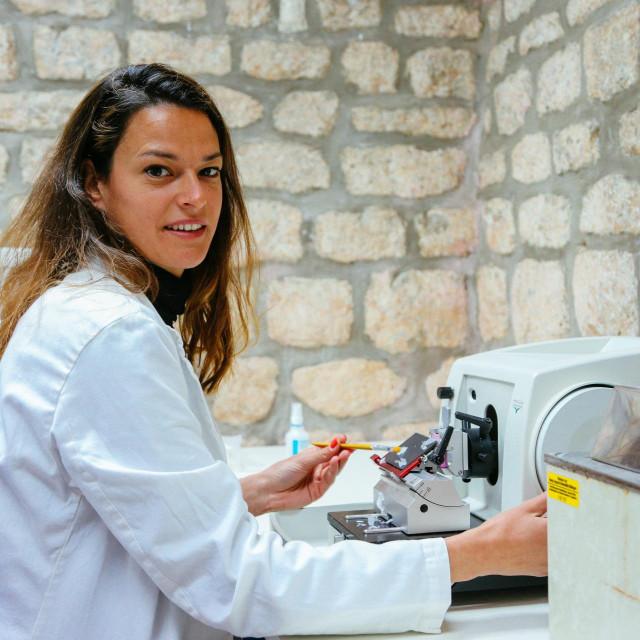 Istraživanje u laboratoriju dio je radne svakodnevice