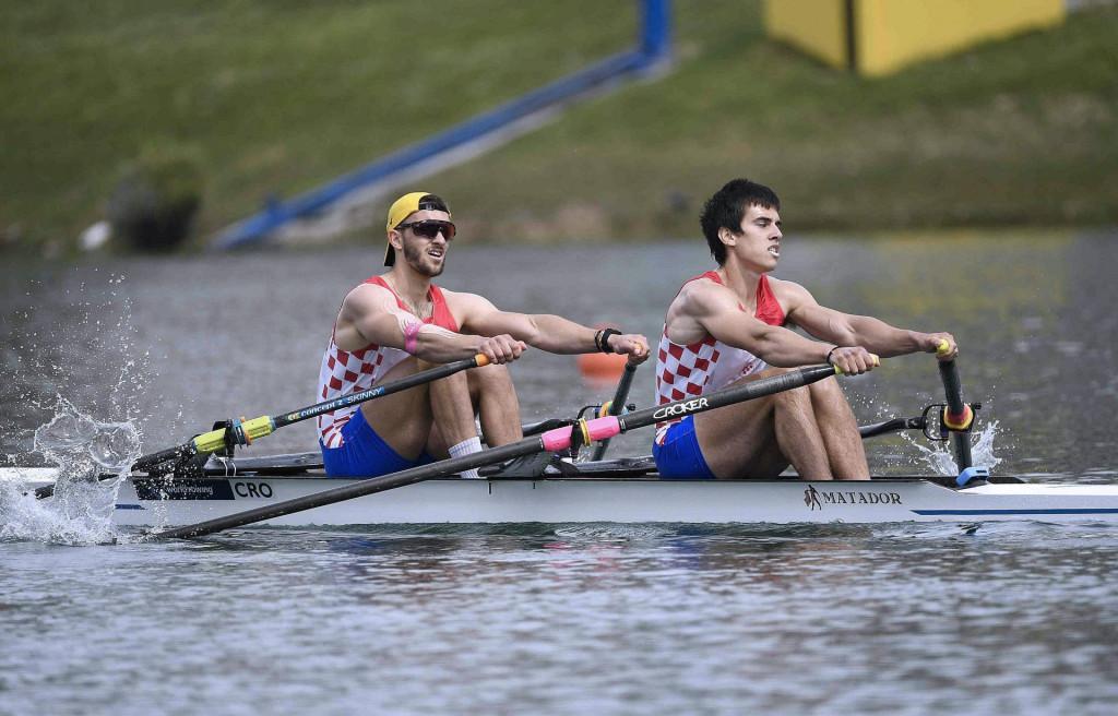 Mihael Girotto i Dubrovčanin Patrik Papac u kvalifikacijama Svjetskog kupa na zagrebačkom Jarunu u dvojcu na pariće