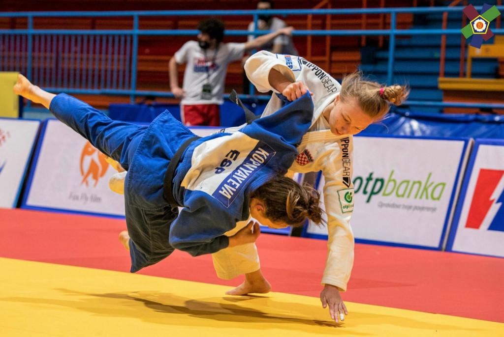 Pobjeda - Iva Oberan baca Vlada Kopnyayevu iz Španjolske