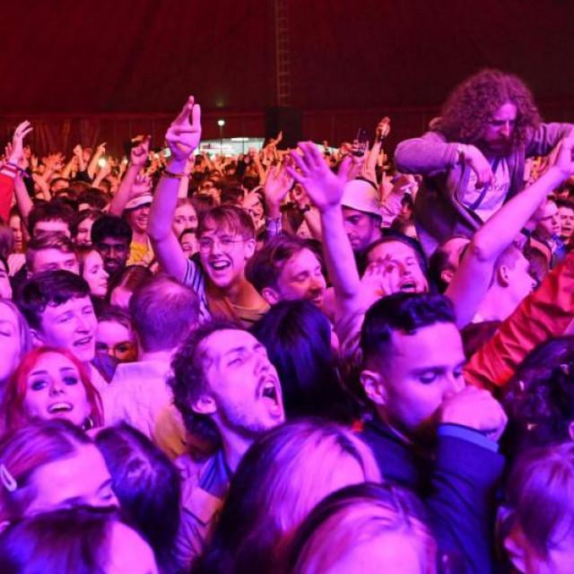 Koncert u Sefton Parku