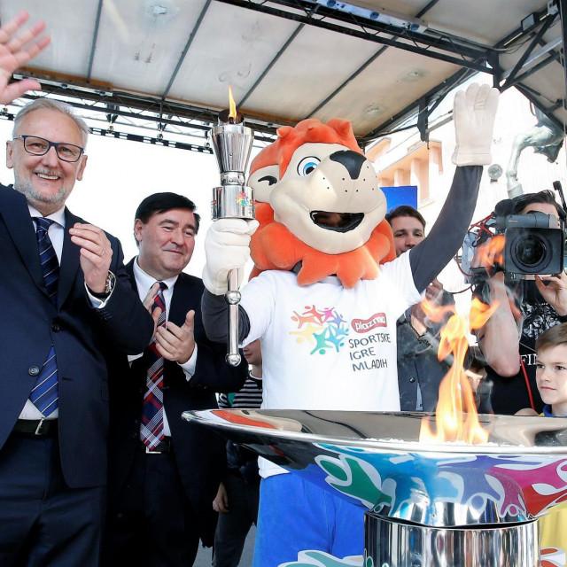 Svečanom otvaranju Sportskih igara mladih 2019. godine, koje je održano u Zagrebu, nazočio je ministar Davor Božinović