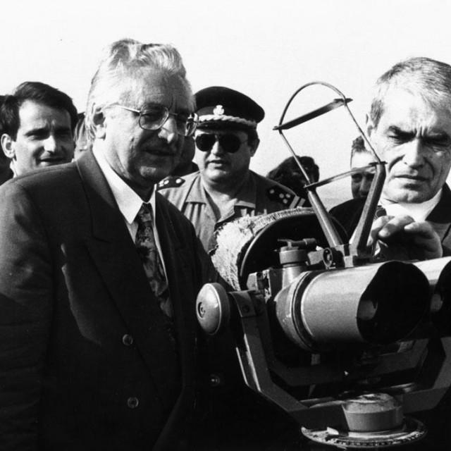 Franjo Tuđman i Gojko Šušak 1992. na Žirju