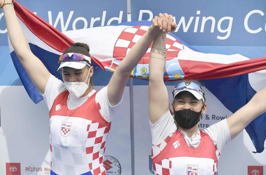 Ivana i Josipa Jurković slave pobjedu u Svjetskom kupu na zagrebačkom Jarunu