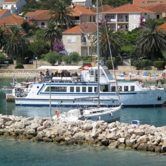 Brod Tamaris