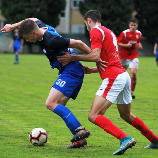 Daniel Lukić (Neretvanac, 50) bio je strijelac jednog pogotka u 2:0 pobjedi protiv BŠK Zmaj u polufinalu Županijskog kupa (slika s prvenstvene utakmice između Neretvanca i BŠK Zmaj, koja je završila 14. listopada 2020. također pobjedom domaćina, tad sa 4:3)