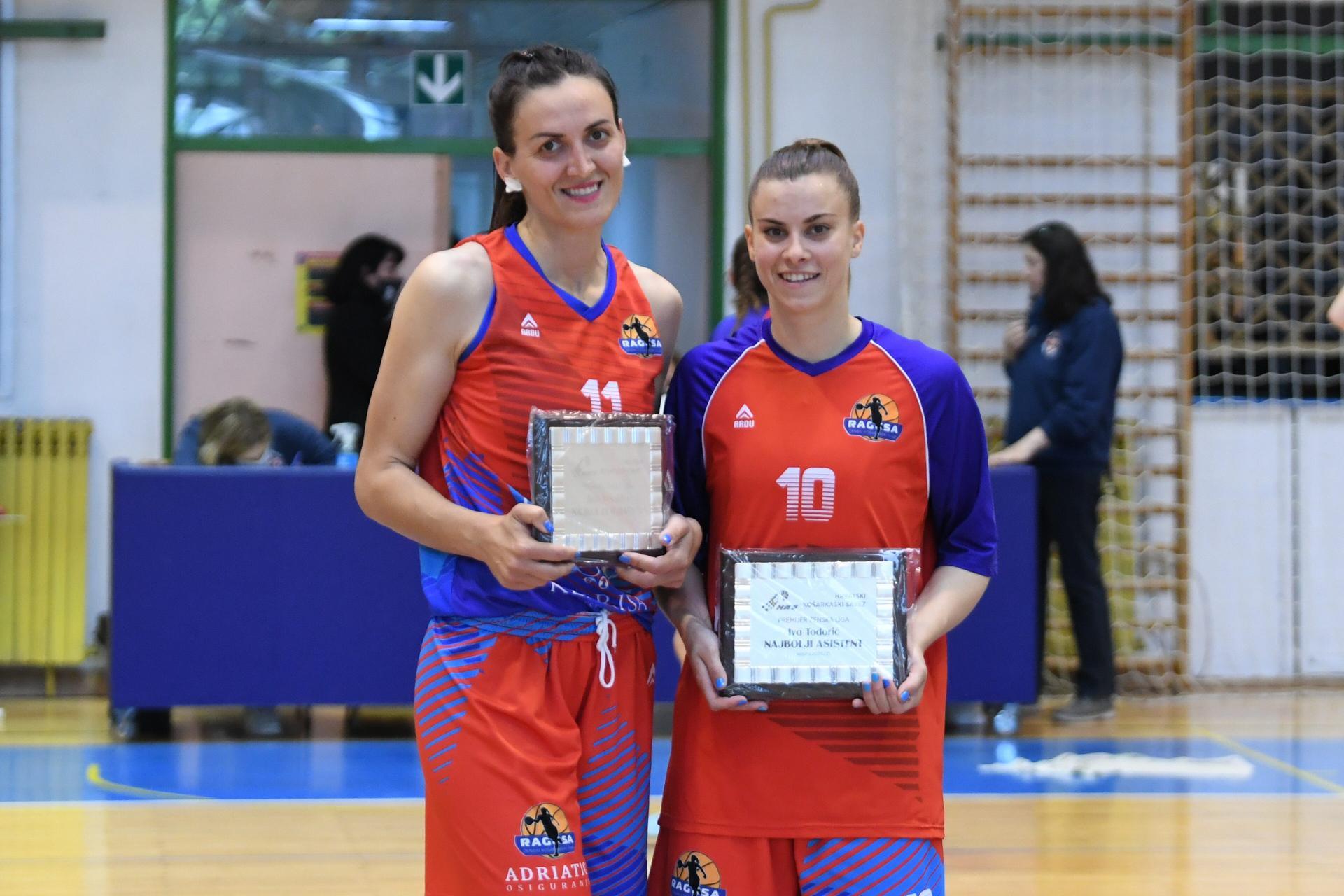 RAGUSA U ZAGREBU POKUPILA DVIJE NAGRADE Iva Todorić podijelila najviše asistencija, a treneri odlučili: Ana Vrsaljko je najbolja igračica lige!