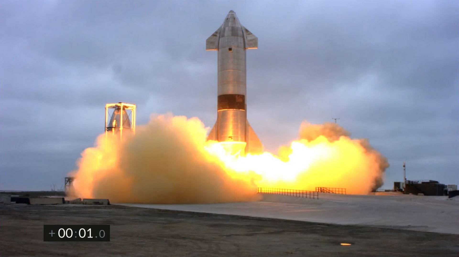 U petom pokušaju SpaceX uspješno prizemljio prototip rakete Starship na poligonu u Teksasu bez da je letjelica eksplodirala