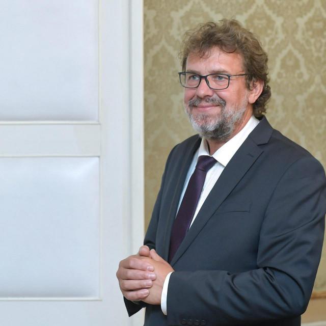 Tomislav Žigmanov, predsjednik Demokratske stranke Hrvata Vojvodine (DSHV)