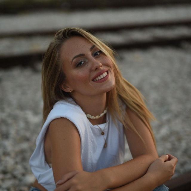 Albina se nada prolasku u finale Eurosonga.