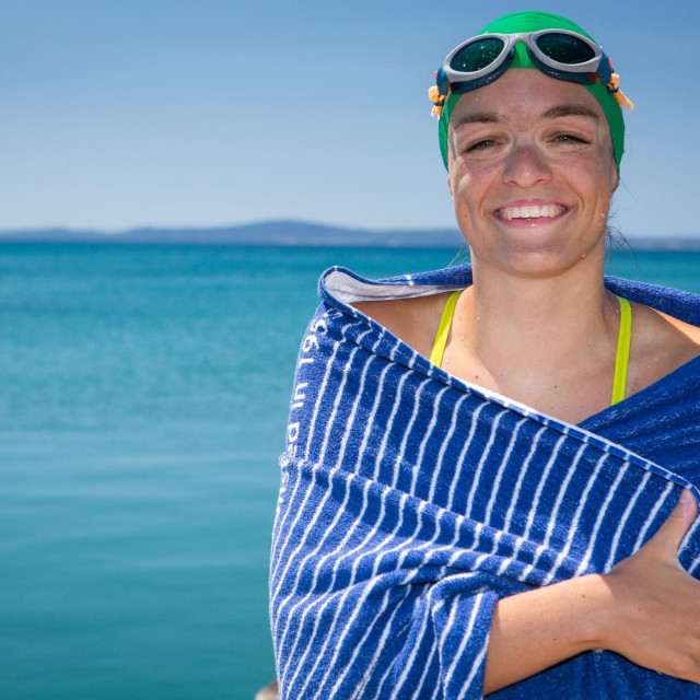 Lani je Dina plivala Kaštel Sućurca do Splita, isto je bila humanitarna svrha