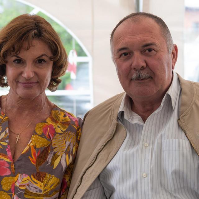 U novoj seriji suprugu mu glumi Arijana Čulina