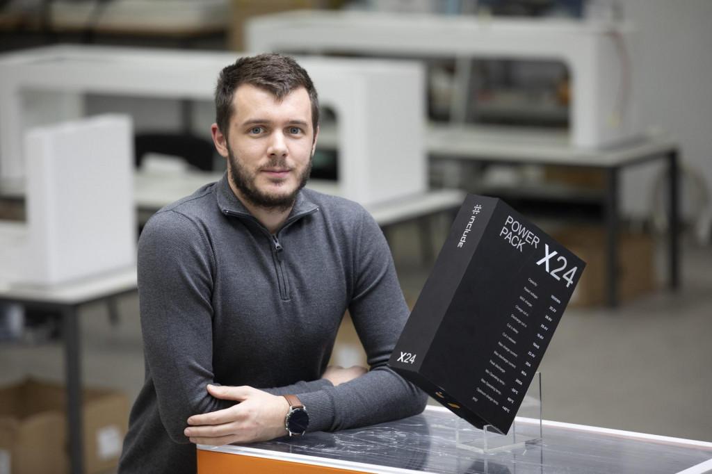 Ivan Mrvoš, mladi poduzetnik iz Solina i izumitelj prve pametne klupe u Europi<br />