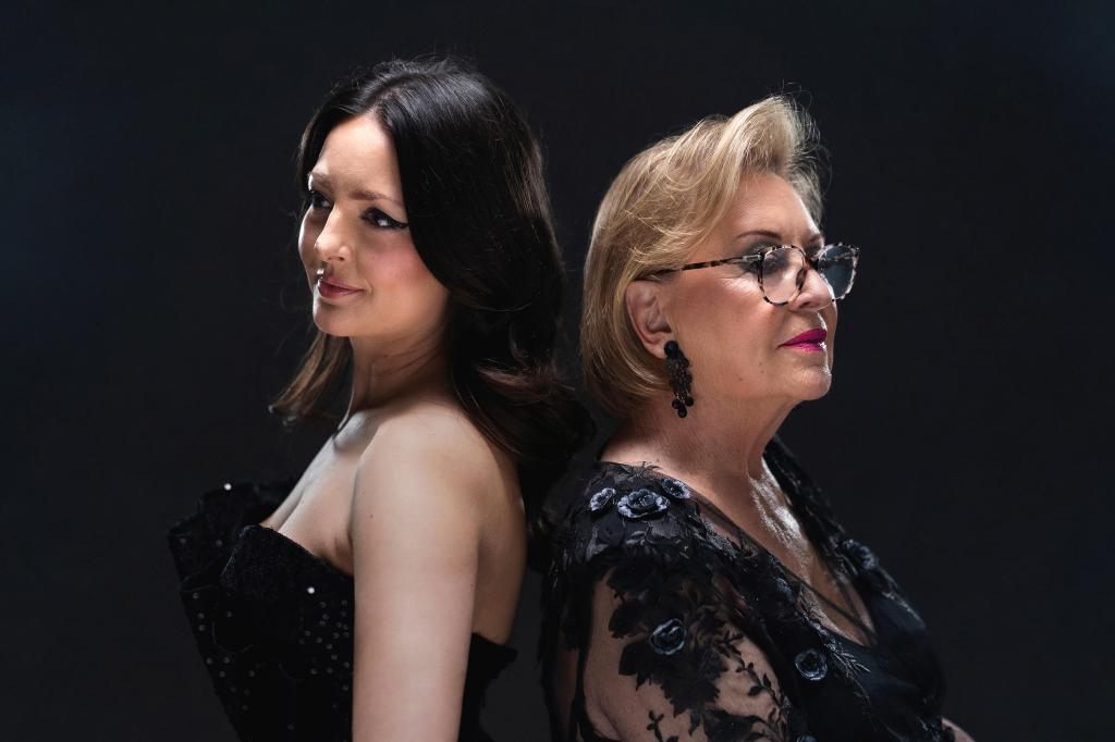 """Ana Opačak i Gabi Novak snimili su duet jednostavnog naziva """"Pjesma""""."""