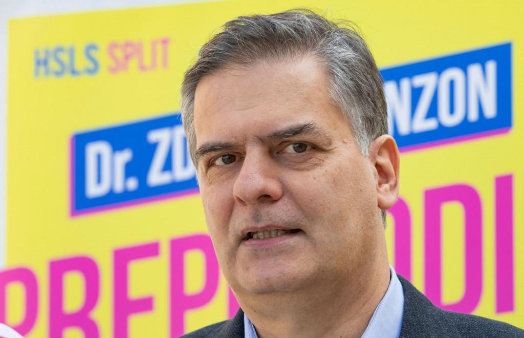 Split, 260421.<br /> Predstavljanje kandidata za zamjenike gradonacelnickog kandidata HSLS-a dr Zdeslava Benzona.<br /> Na fotografiji: dr Zdeslav Benzon.<br />