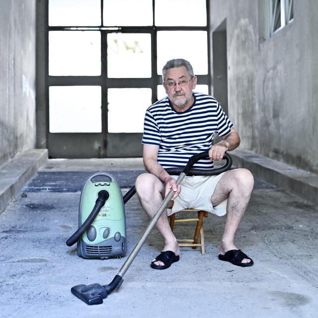 Jandre Drmić, nadahnuti uklanjač prašine sa zaboravljenih vještina poput razmišljanja, načitanosti i kritičnosti