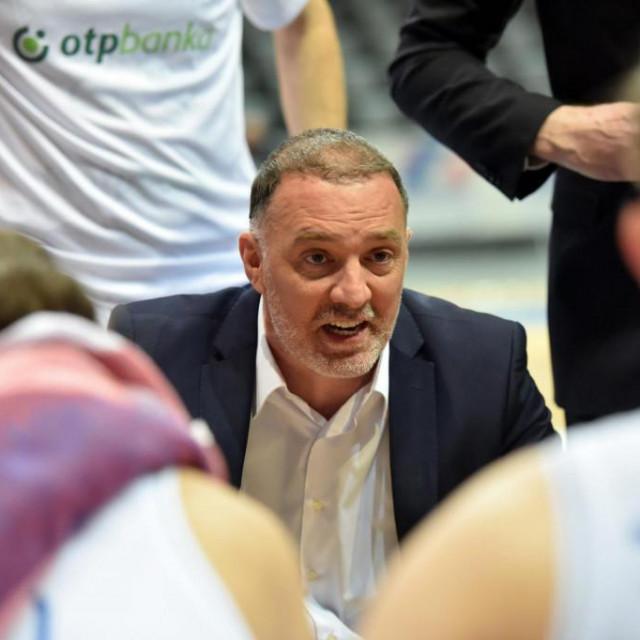 Trener Veljko Mršić