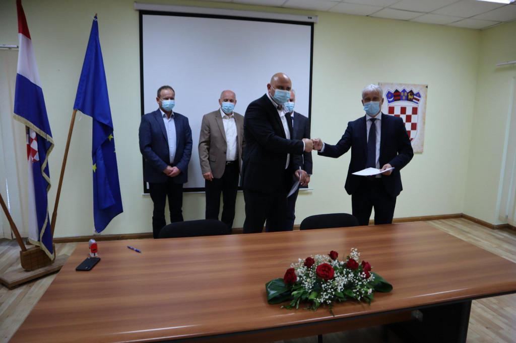 Potpisan Ugovor o sufinanciranju projektne dokumentacije i građenja vodnih građevina na području vodoopskrbnog sustava Orebić