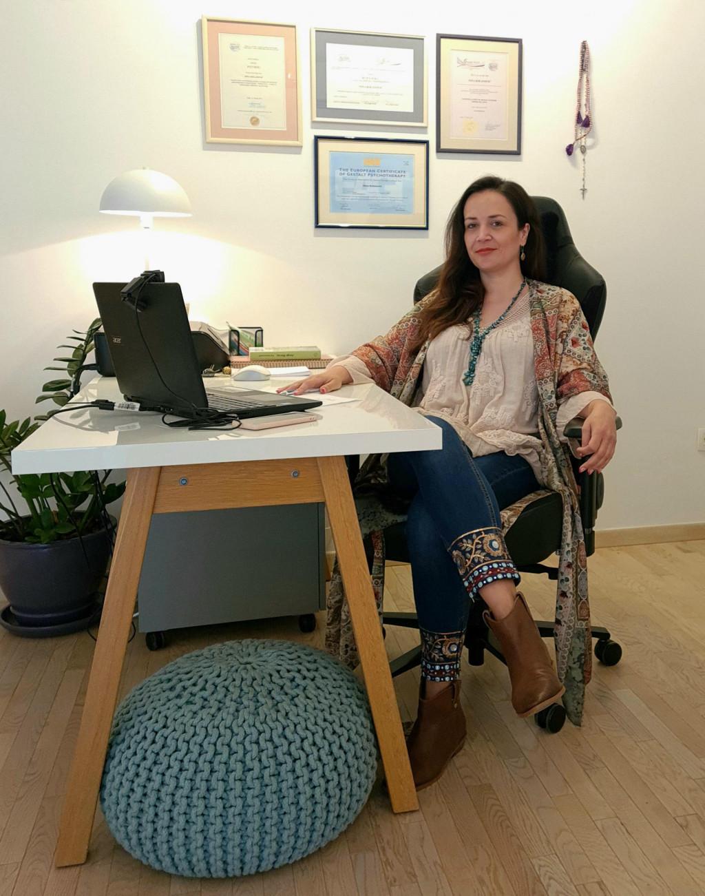 Psihologinja Nina Kolanović geštalt je psihoterapeutkinja i učitelj pri EAPTI Psihika u Zadru