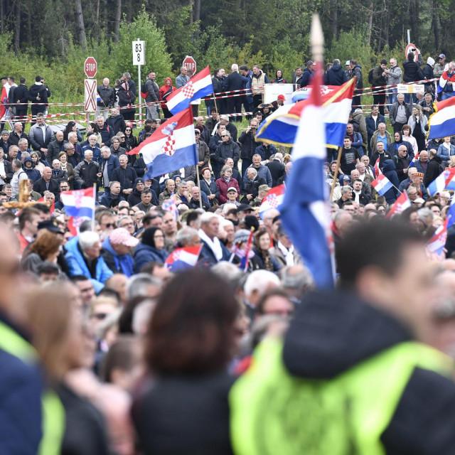 Ovako je na Bleiburškom polju bilo 2019.,u povodu 74. godišnjice bleiburške tragedije