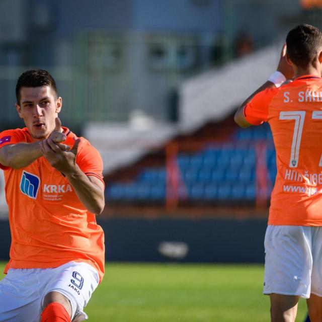 Sibenik, 240421.<br /> Stadion Subicevac<br /> Utakmica 31. kola Prve HNL, HNK Sibenik - NK Slaven Belupo.<br /> Na fotografiji: Deni Juric slavi gol.<br />