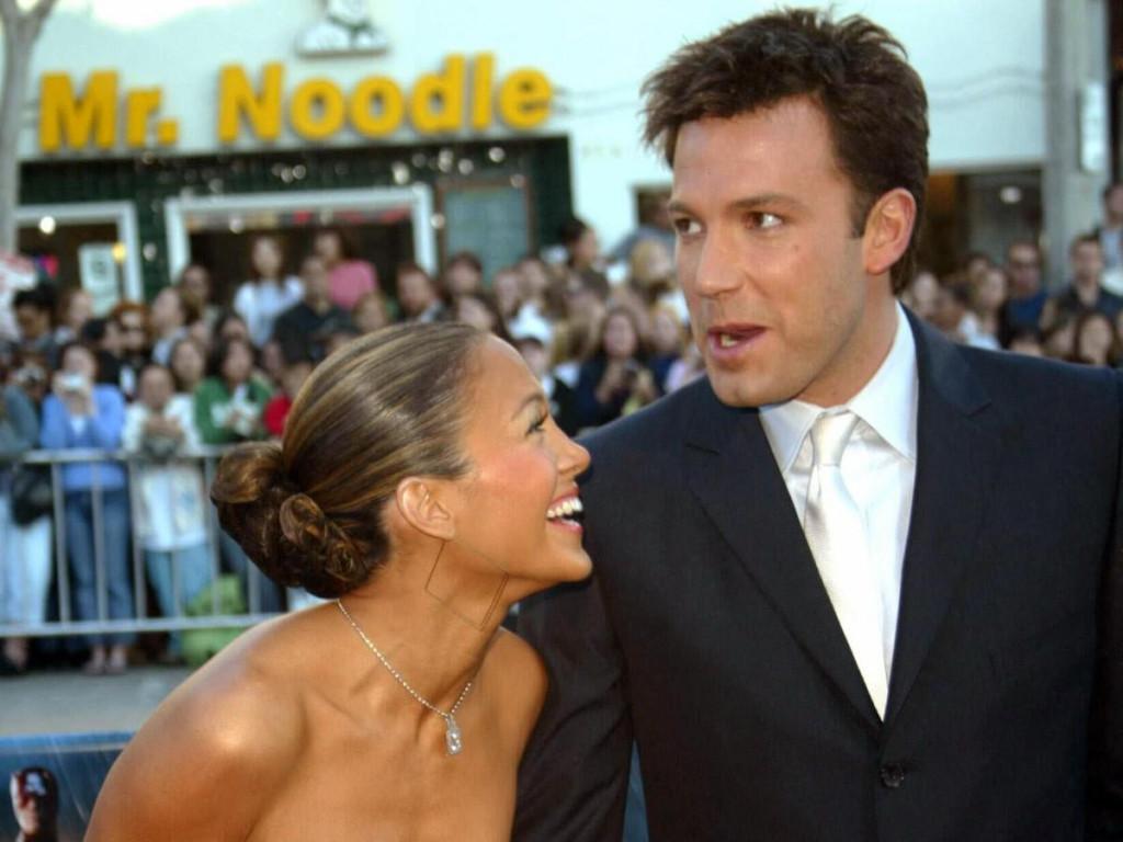 Prije njenih zaruka s Rodriguezom i braka s Anthonyjem, kao i prije njegovog s Jennifer Garner, njih dvoje bili su superpar