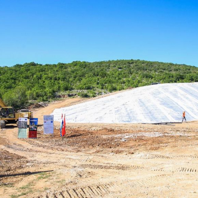 Sanacija odlagališta otpada na Moseću vrijedna je 13,3 milijuna kuna