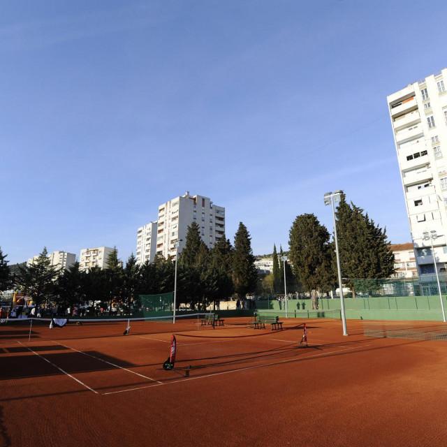 Tenis tereni na Šubićevcu