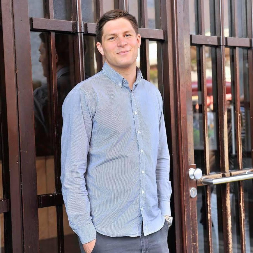 Ivan Dorian Molnar na HRT-u je od 2015. godine, a trenutno je dio sportske redakcije.