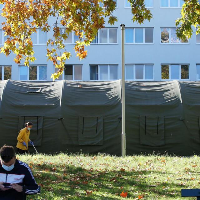 Ovdje će se, u šatoru ispred Križina, cijepiti sugrađani koji imaju teške alergije