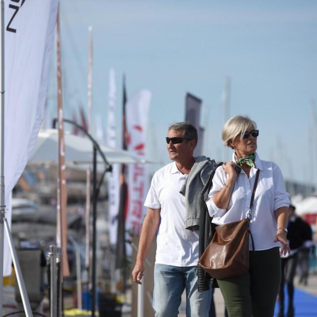 Biograd, 211020.<br /> 22. medjunarodni nauticki sajam Biograd Boat Show, u organizaciji i domacinstvu Ilirije d.d., otvorio je vrata izlagacima i posjetiteljima, te usprkos novim okolnostima uz sve epidemioloske mjere, odrzao tradiciju najveceg nautickog sajma u Srednjoj Europi.<br />