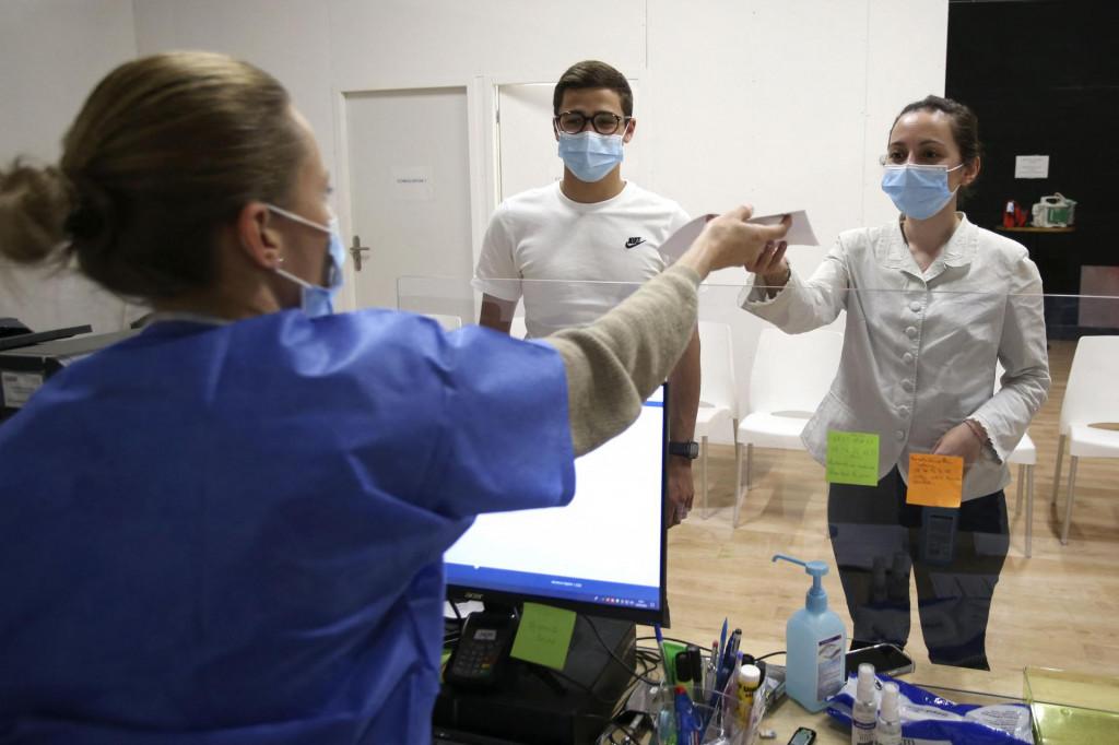Cijepljenje u Francuskoj imalo je slabiji početak
