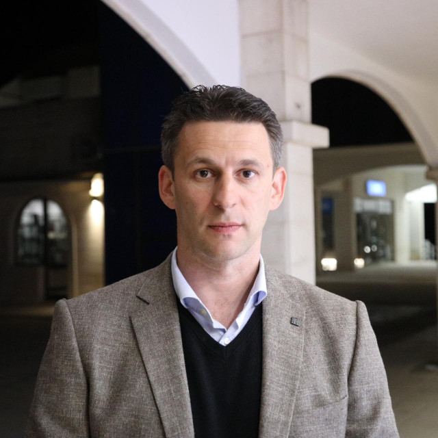 Mostov kandidat Božo Petrov borit će se za čelnu poziciju u Dubrovačko-neretvanskoj županiji