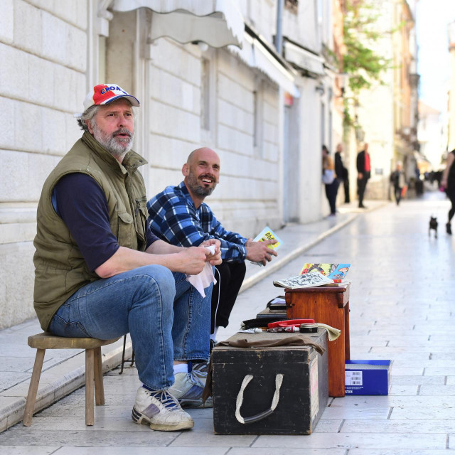 Ričard je uoči izbora Zadrankama i Zadranima besplatno čistio cipele
