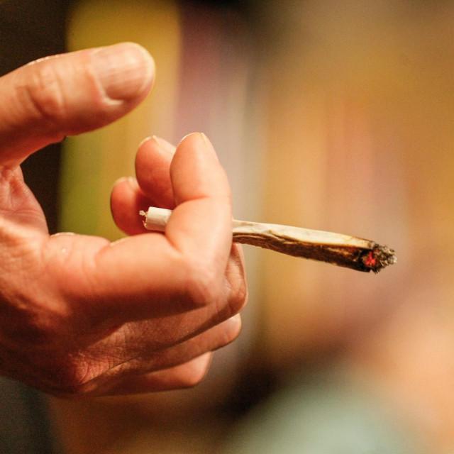 Nakon pušenja 'trave' maloljetnica je morala potražiti pomoć liječnika