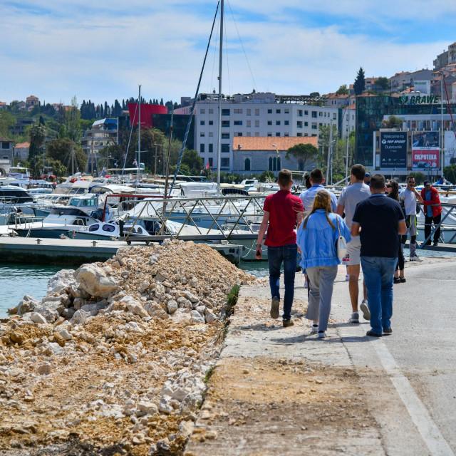 Radovi na proširenju Lapadske obale u Dubrovniku