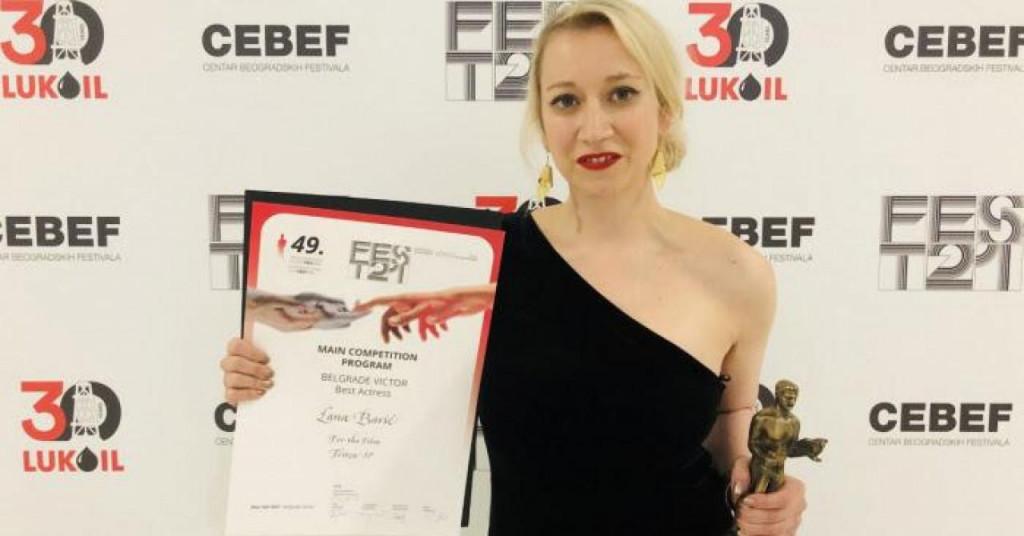 Lana Barić s nagradom FEST-a