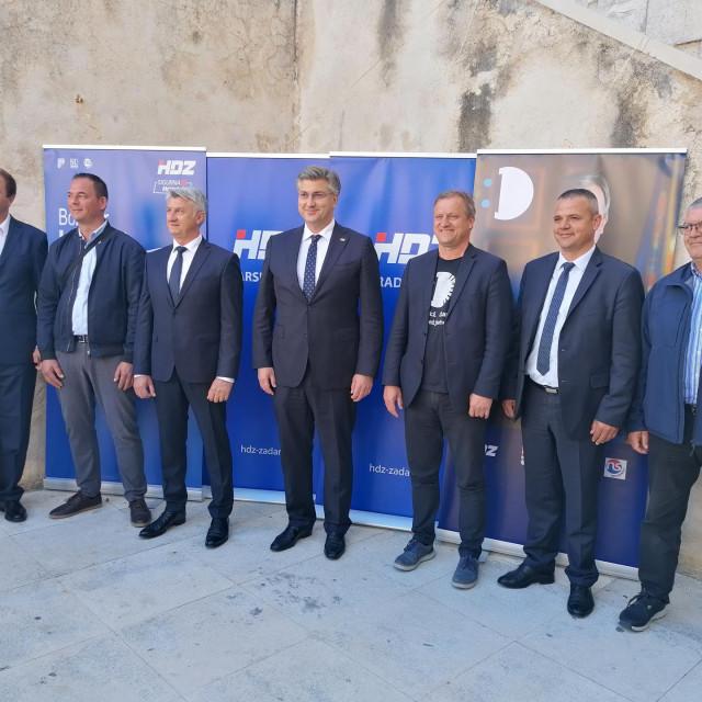 Andrej Plenković s kandidatima HDZ-a u Zadru