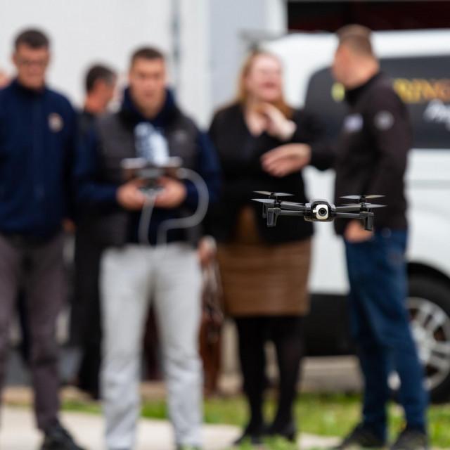 Donacija drona Dobrovoljnom vatrogasnom društvu Gračac za nadolazeću protupožarnu sezonu
