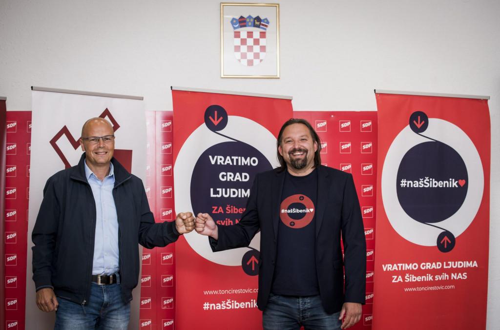 Joško Šupe i Tonči Restović mjesto najjače oporbene stranke u gradu prepustili su Petrini i njegovoj listi