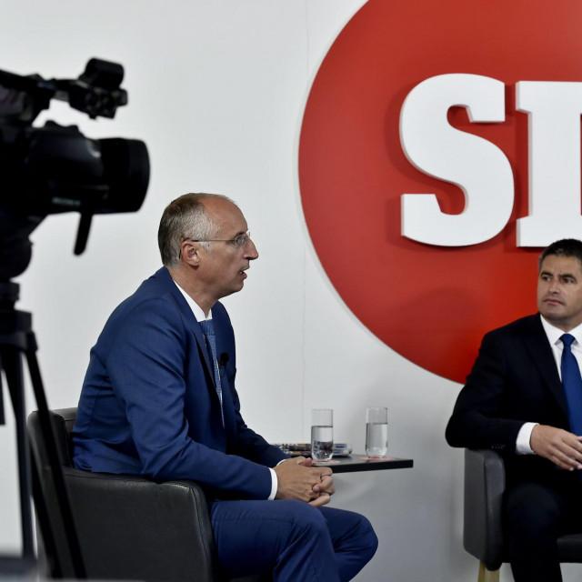 Vice Mihanović je rekao kako se nada da će Puljak odustati od politike, a Ivica Puljak smatra da je najveća Mihanovićeva mananjegova pripadnost HDZ-u