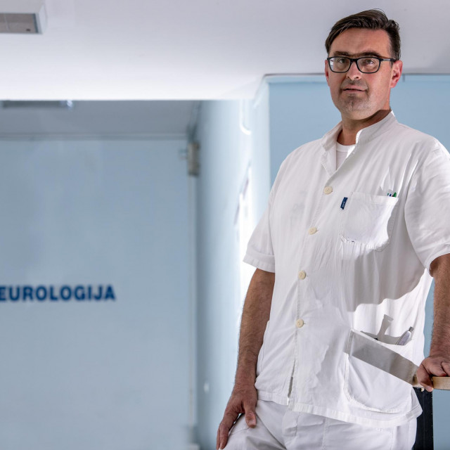 Neurolog Krešimir Čaljkušić: Nije potrebno nikakvo liječenje, osim objašnjenja prirode bolesti i umirivanja bolesnika<br />