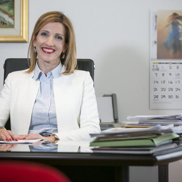 Jelena Burazin je ravnateljica Doma Maestral, a ako Vice Mihanović postane gradonačelnik bit će joj povjereni resori društvenih djelatnosti