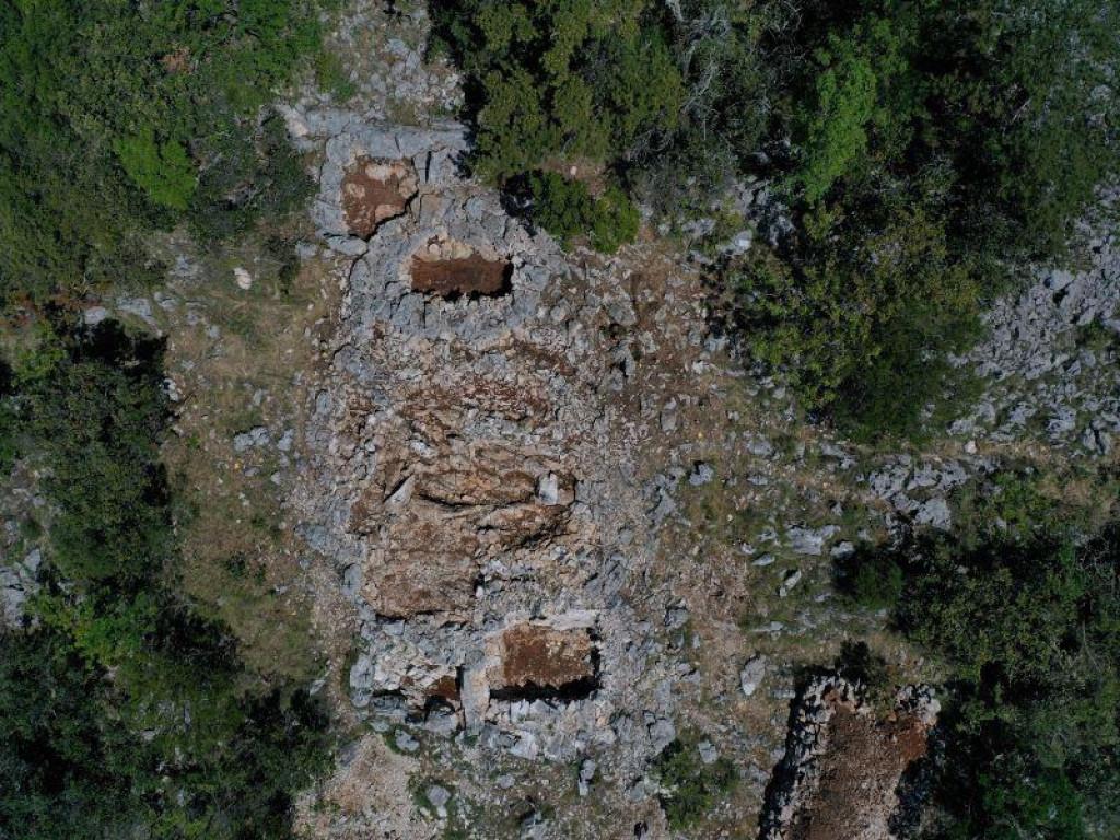 U naselju Zakotorac otkriveni novi grobovi i grobnice koji datiraju u kraj 5. i 4. st. pr. Kr.
