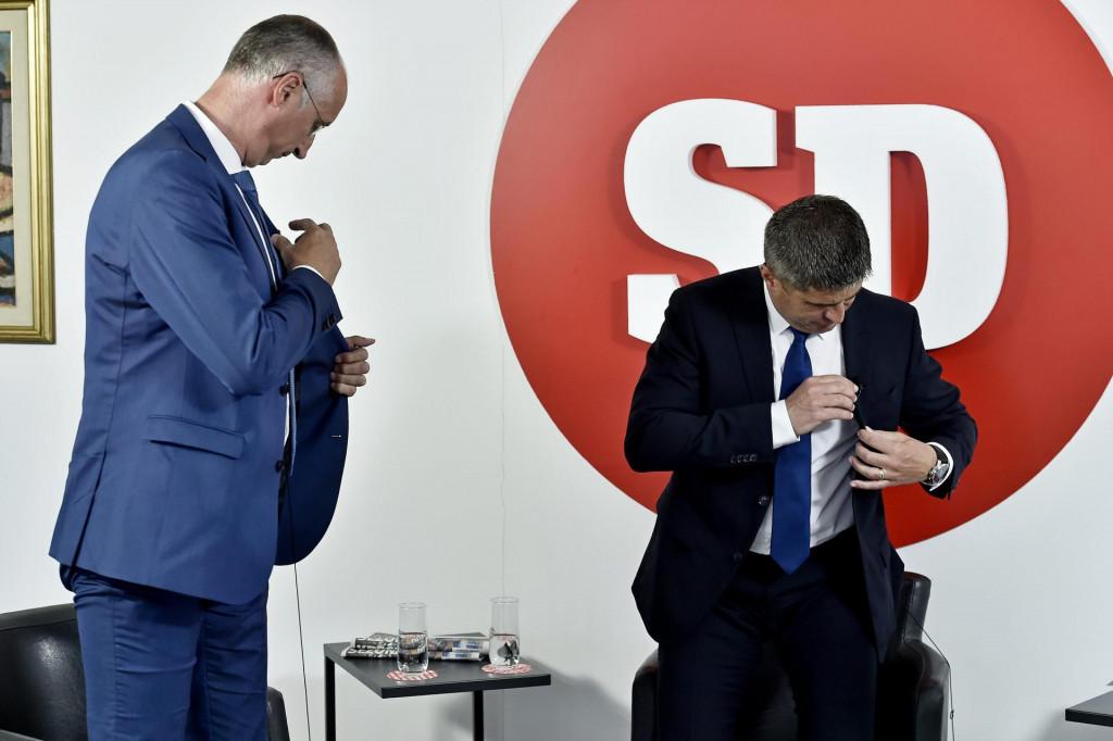 I bez beskrajnih sučeljavanja drugoga kruga između Puljka i Mihanovića, Split se već podilija i teško će sad neko minjat odluke<br />